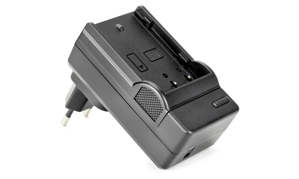 ROKO TC1 Ladegerät mit auswechselbaren Ladeschalen